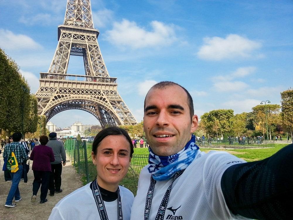 Les tortues-runners devant la tour Eiffel