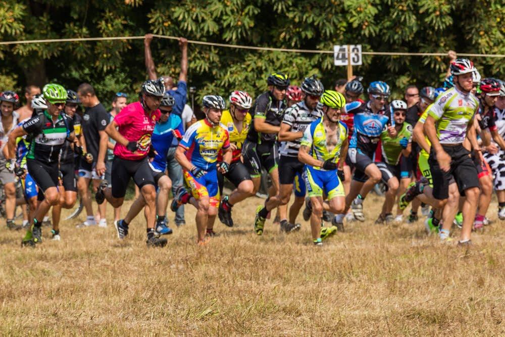 Sprint lors du départ de la course