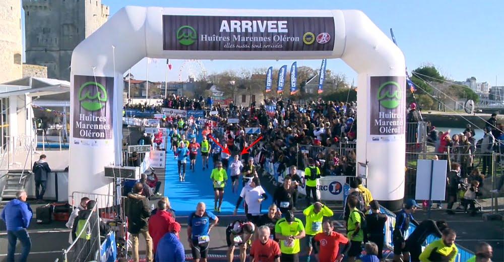 Arche de l'arrivée du marathon de La Rochelle sur le port