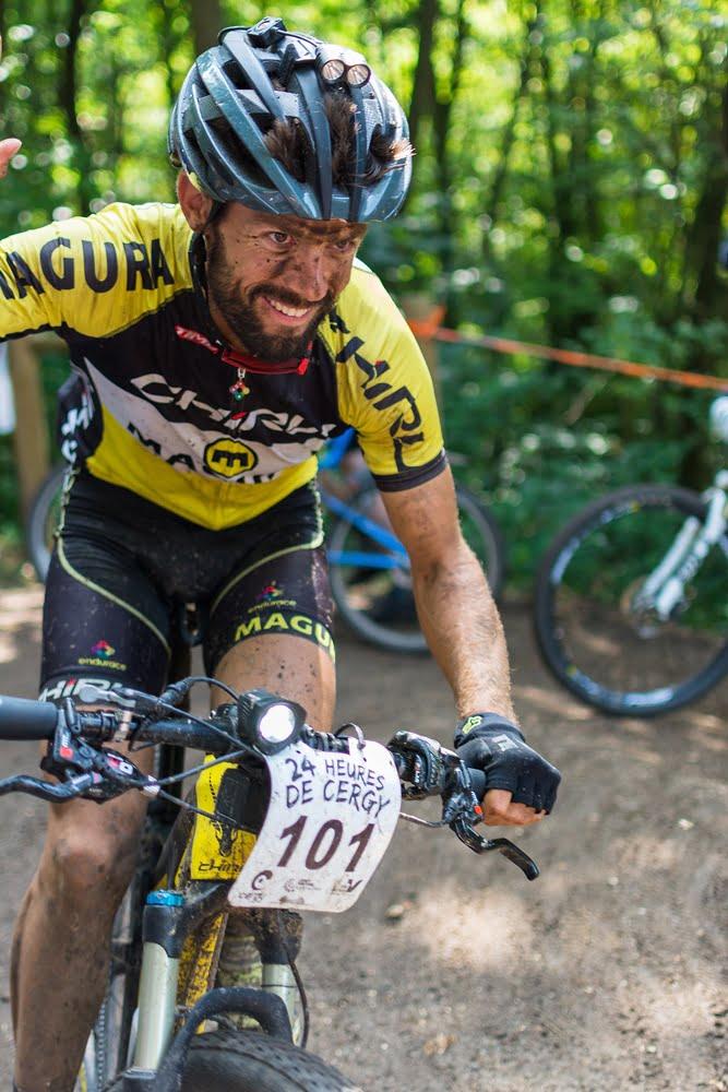 24h vtt de cergy 2017 - Joachim solo vainqueur