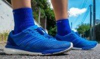 Une paire d'Adidas Boston Boost 6 femme